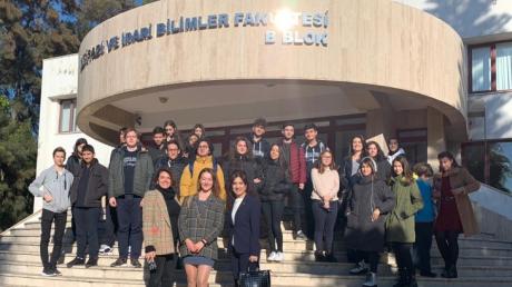 Lara Okyanus Koleji Kariyer Kulübü Akdeniz Üniversitesinde