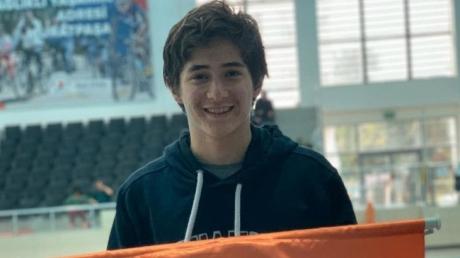 Lara Okyanus Koleji Yüzme Genç Erkek (A) Kategorisinde Başarı