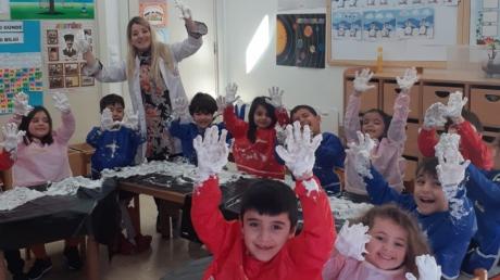 Adana Okyanus Koleji Okul Öncesi Yıldızlar Grubu Okuma Yazmaya Hazırlık Etkinliğinde