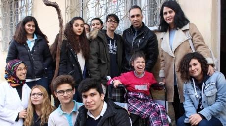 Bornova Okyanus Anadolu Lisesi Öğrencilerinin Sosyal Sorumluluk Projesi