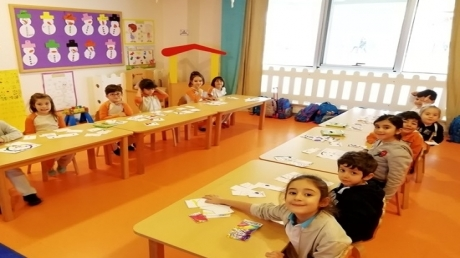 Kemerburgaz Okyanus Koleji Gökkuşağı Grubu Öğrencileri Türkçe Dil Etkinliğinde