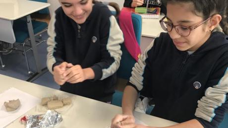 Lara Okyanus Koleji 7. Sınıf Öğrencilerimizin Kil Tablet Çalışması