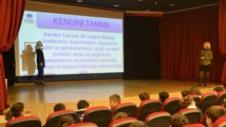 """Mavişehir Okyanus Koleji Ortaokul Öğrencileri """"Kişisel Gelişim"""" Dersinde"""