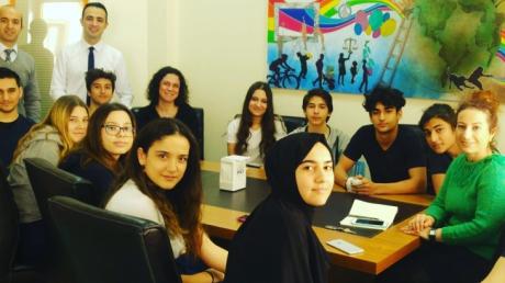 Okyanus Okul Öğrenci Meclisi Toplantıda