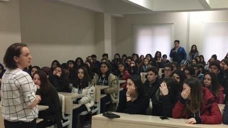 Tıp-Sağlık Kariyer Kulübü Öğrencilerimizle Anatomi Dersindeyiz
